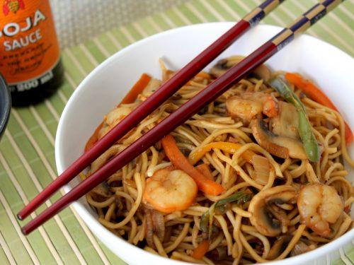 Noodles con camarones